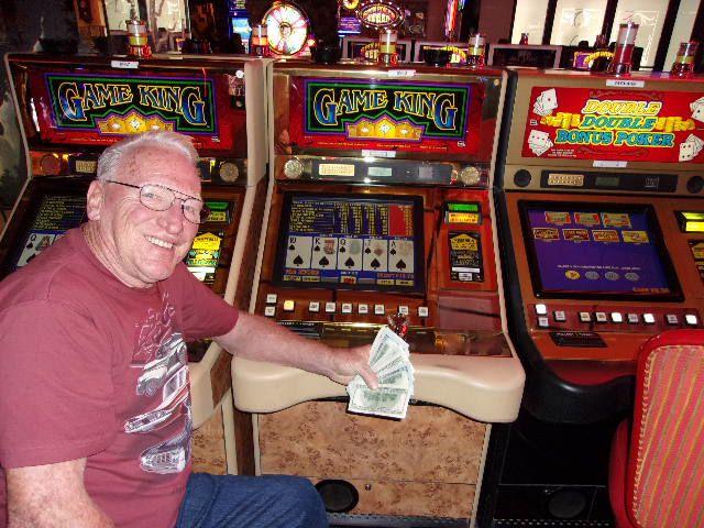5 000 Royal Flush Jackpot Winner At Hotel Nevada S