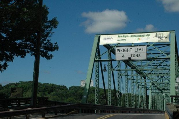 Banners over Delaware River commemorate Lambertville-New Hope bridge history | NJ.com