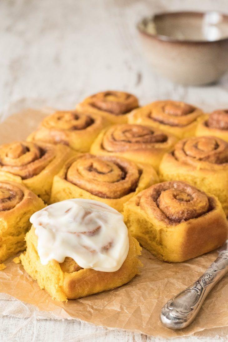 Kürbis-Zimtschnecken (Pumpkin Cinnamon Rolls) #pumpkindesserts