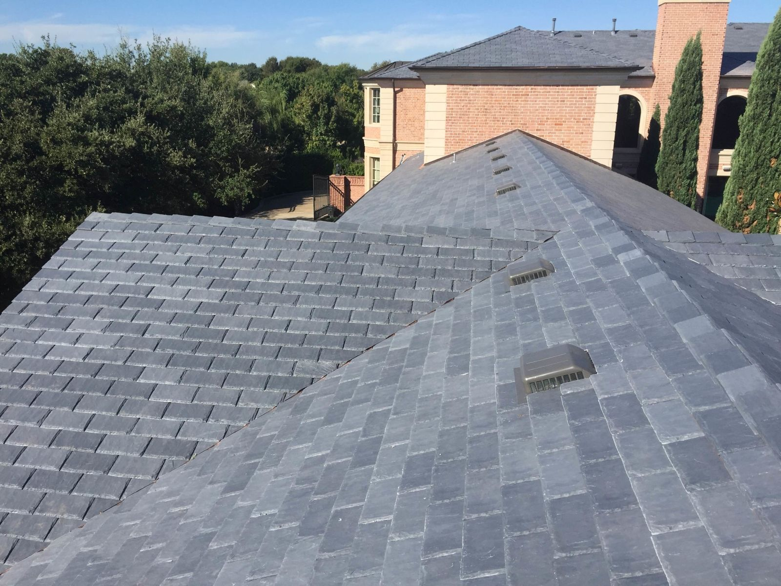 Best Castle Gray Shake Roof Davinci Roofscapes Shake Roof 400 x 300