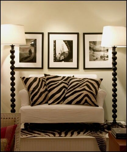 Pin By Silvia Rangel On Chairs Sofas Zebra Print Decor Zebra Decor African Living Rooms