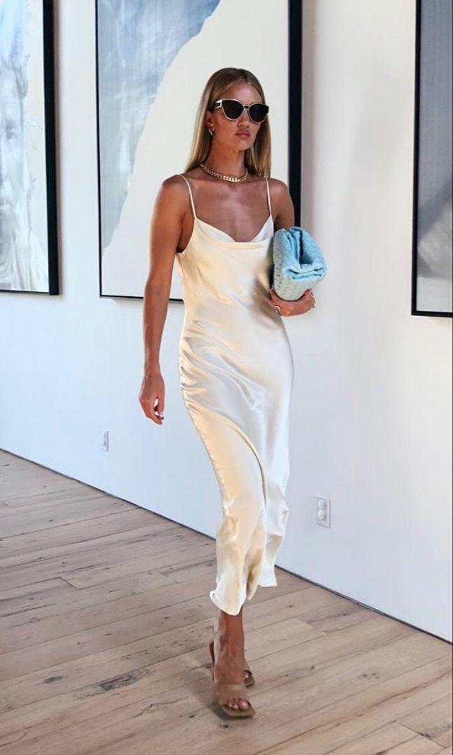 White silk slip dress Rosie Huntington Whiteley style in 2020 ...