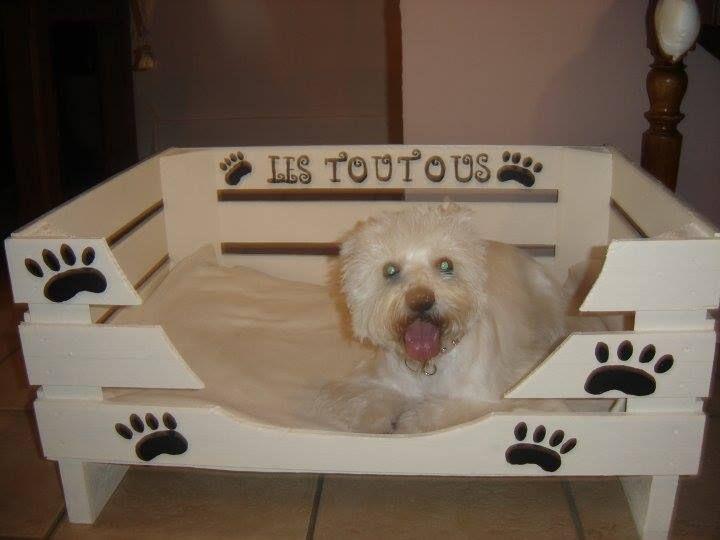 panier pour chien coups de coeur pinterest panier pour chien panier et lits pour chiens. Black Bedroom Furniture Sets. Home Design Ideas