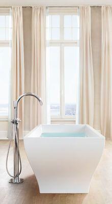 Grohe Grandera freestanding bath tub. A modern elegant