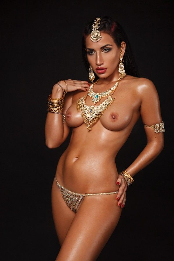 Can recommend Indian girls nude art