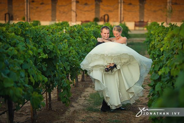 Delaney Vineyards Grapevine Wedding Winery Photos Houston
