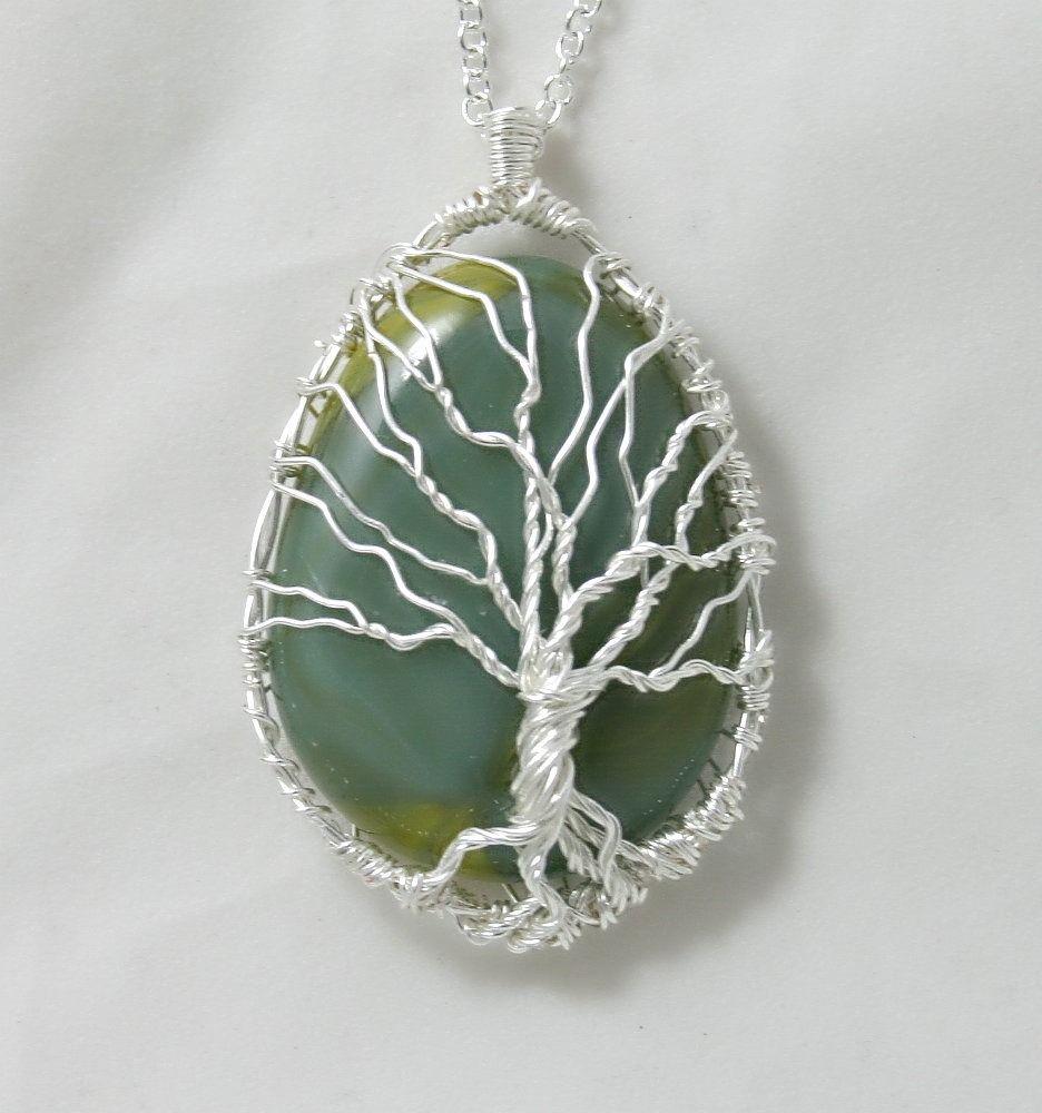 Connu Pendentif arbre de vie sur verre vert et chaine plaquée argent  DU75