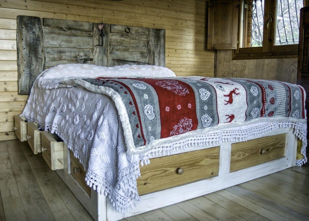 letto,testata letto con porta, legno rustico, shabby,decapato ...