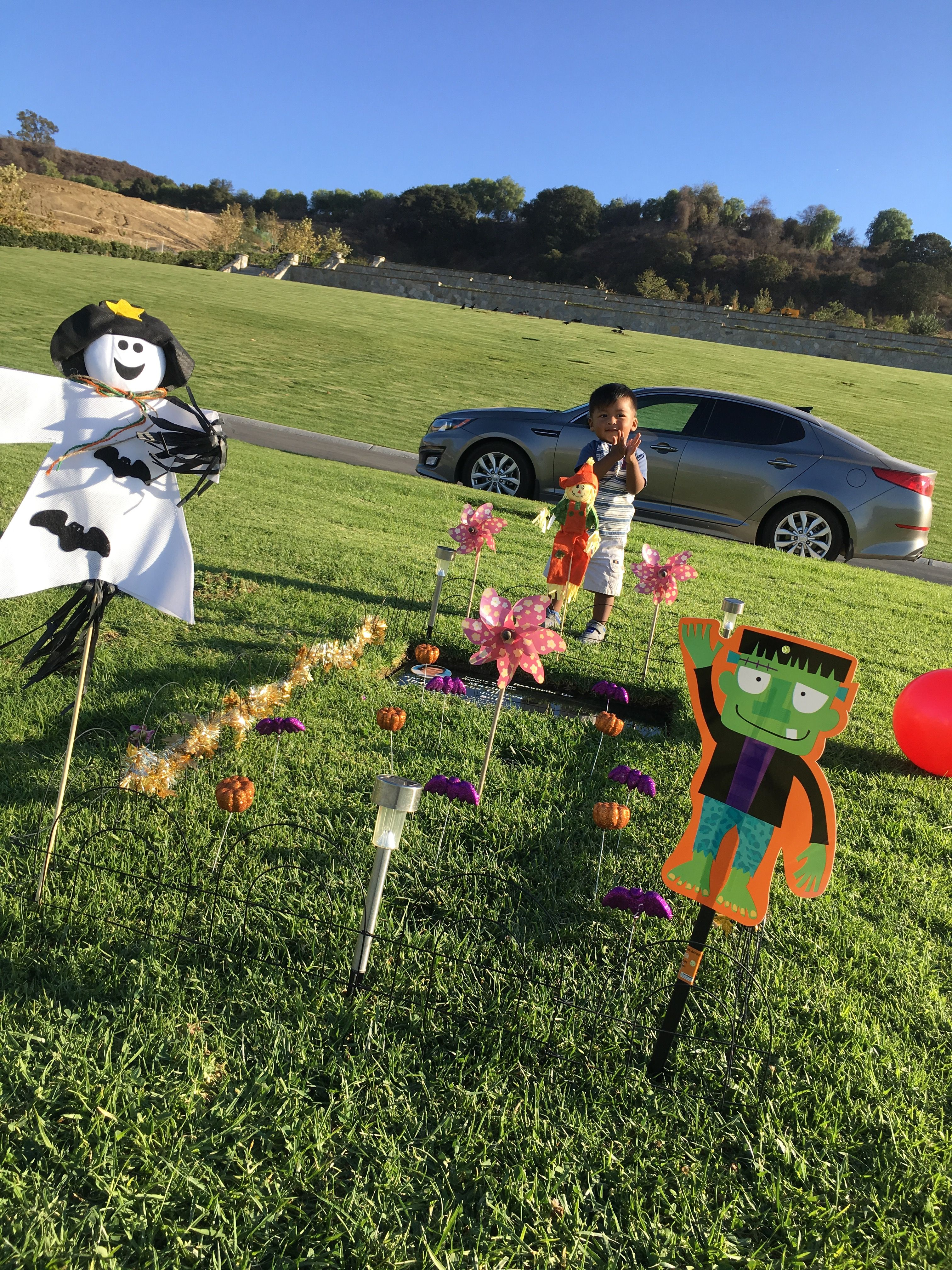 Full set up of Halloween decorations 2016 (With images