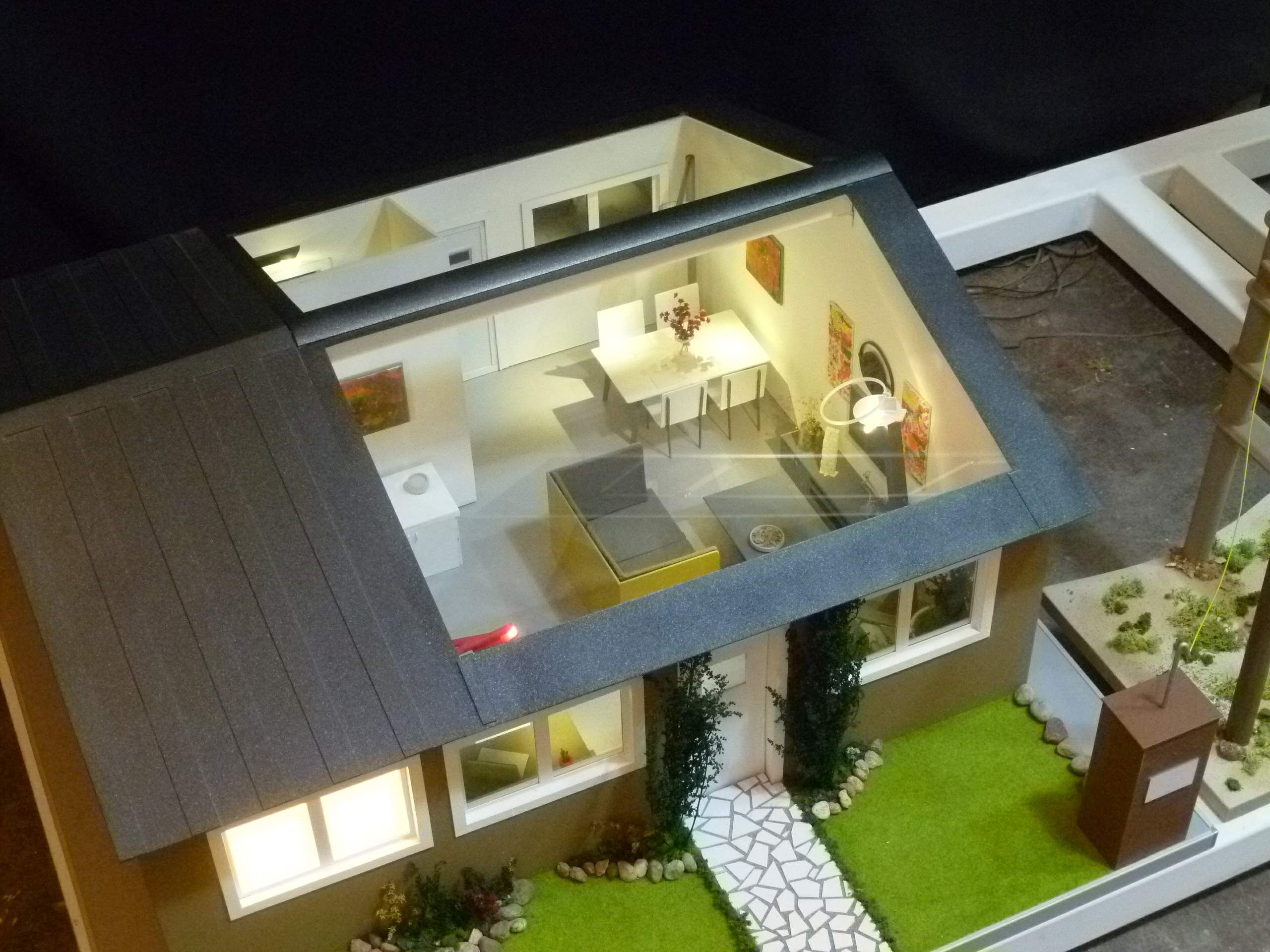 Maqueta casa con interiores escala 1 10 maquetas for Casa minimalista maqueta