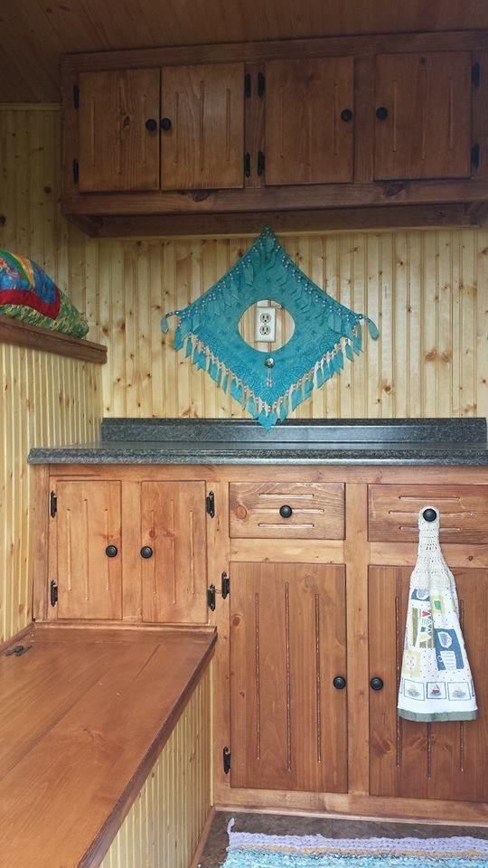 Quarters Horse Dressing Living 4 Trailer Room Diy