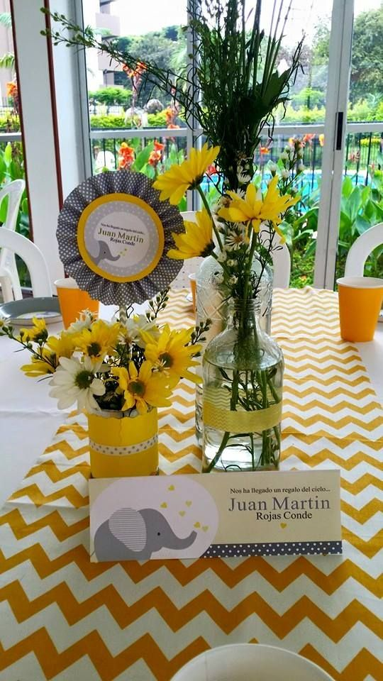 Para uma festa amarelo e cinza. www.facebook.com/as4marias