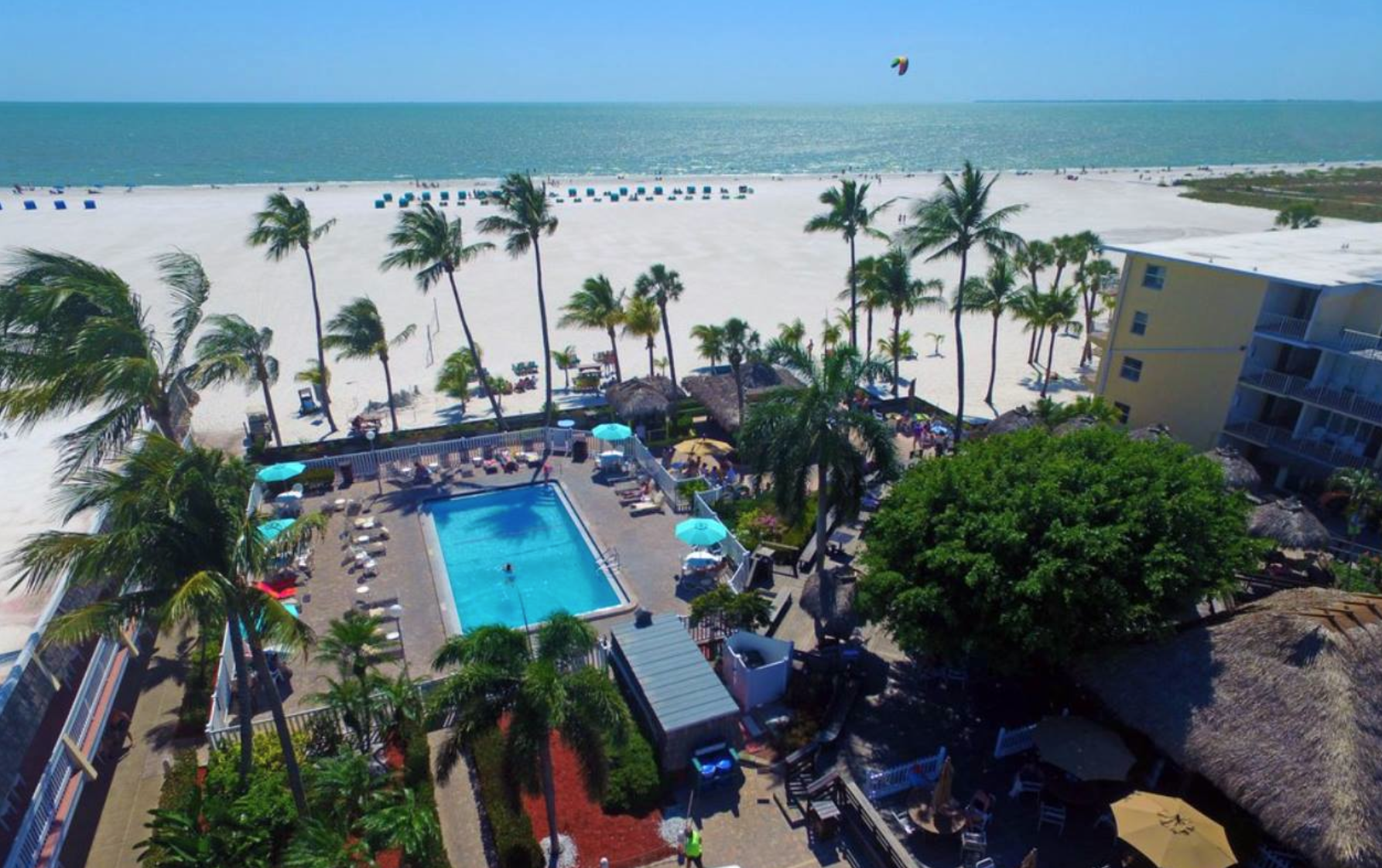 Pool Or Beach The Choice Is Yours At Outrigger Resort On Fort Myers Fortmyersbeach Outriggerbeachresort Photo Taken By Southwest Florida