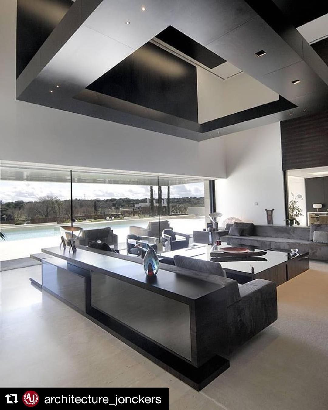 Luxurious Modern Contemporary Residence in Madrid, Spain (by A ...