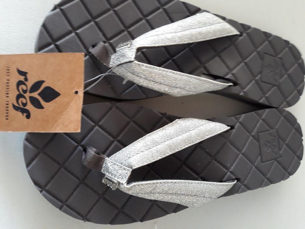 d74e6ef8ef89 REEF Women Flip Flops Star Dreams II Size 11 UK 9  fashion  clothing ...