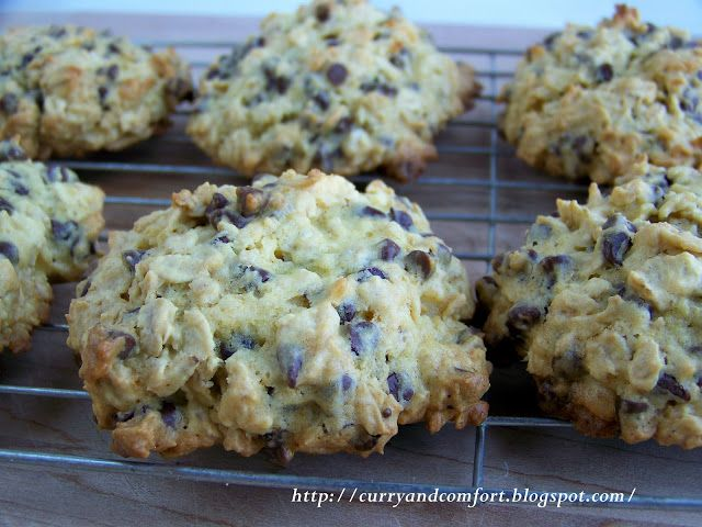Curry and Comfort: Colossal Chocolate Chip Oatmeal Cookies