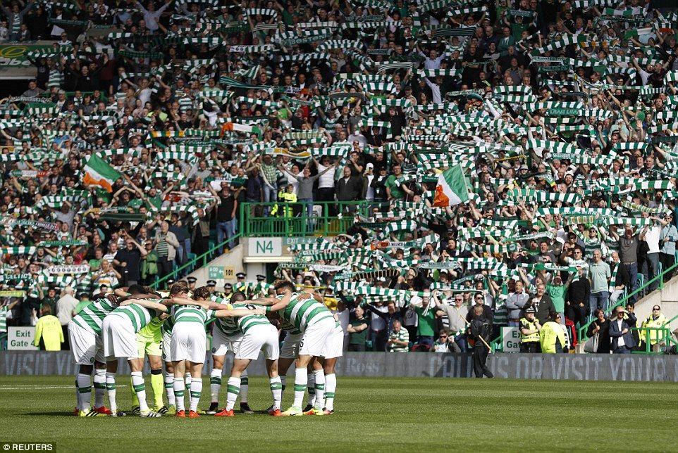 celtic fc huddle