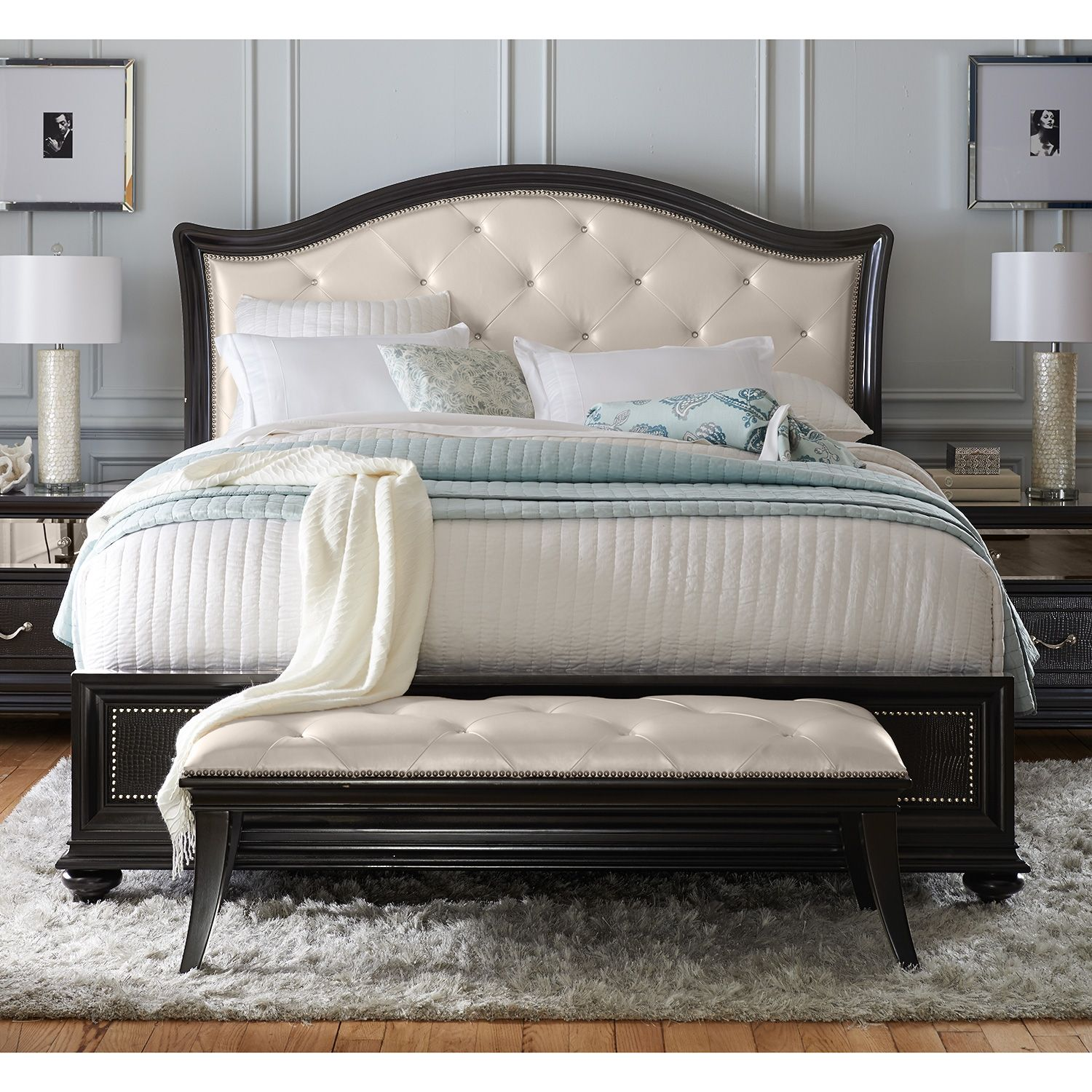 Marilyn Bedroom Queen Bed   Value City Furniture