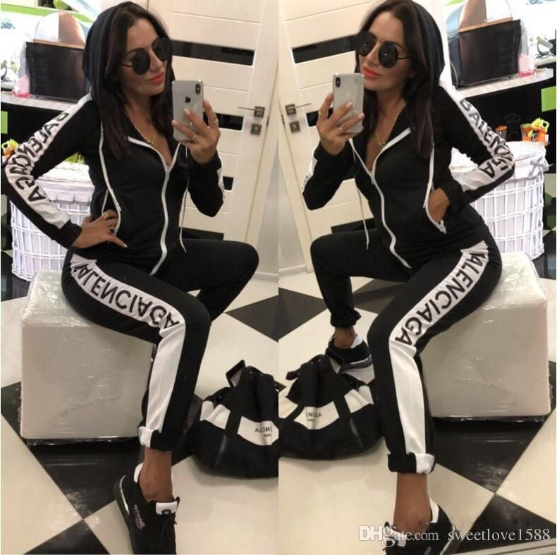 2019 Designer Tracksuit Women Luxury Sweat Suits Autumn Brand Womens Print Tracksuits Jogger Suits Jacket Pants Sets Sportin Tracksuit Women Fashion Tracksuit,3d Wallpaper Designs For Living Room India