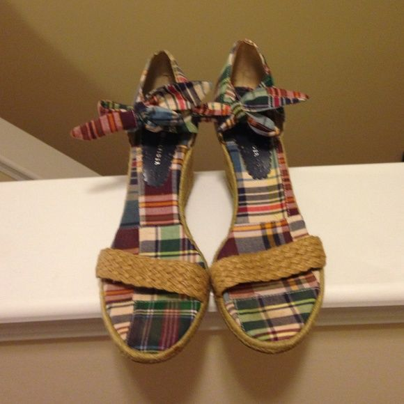 Tommy Hilfiger Plaid Wedge Heels Awesome condition Tommy wedge heels!  Plaid print. Hemp bottom. Tommy Hilfiger Shoes Wedges