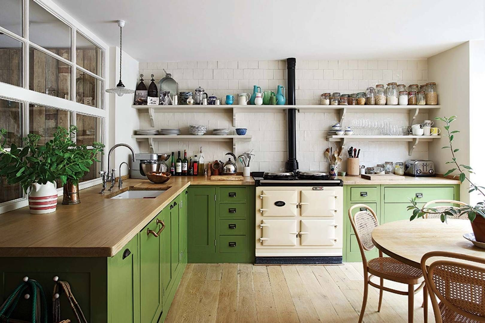 The London home of Henrietta Courtauld of The Land Gardeners remodelled by Retrouvius #plainenglishkitchen
