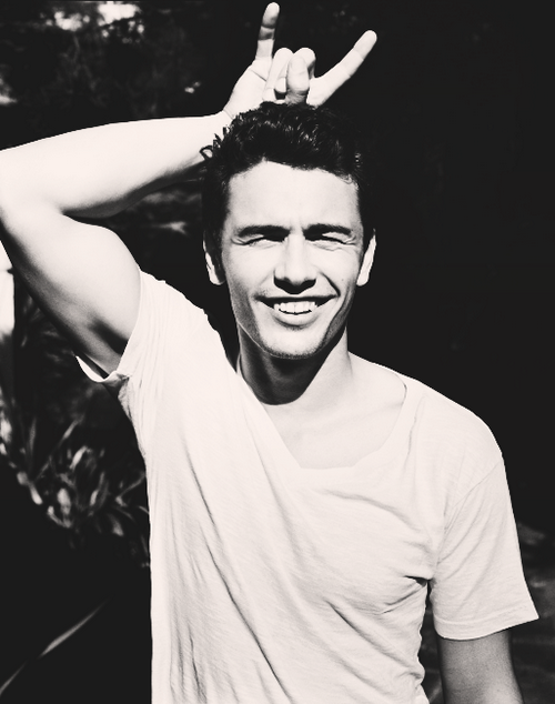 James Franco. Lol the first place I saw him was on general hospital now it's weird think of him as sico Franco