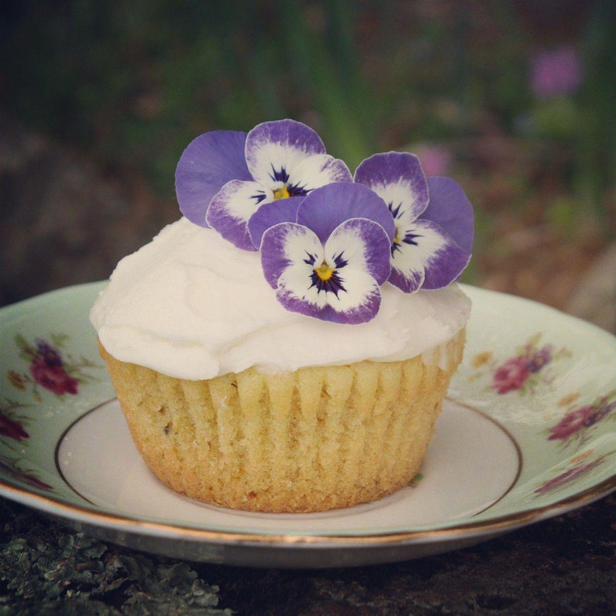 Dandelion Cupcakes Dandelion recipes, Artisan food