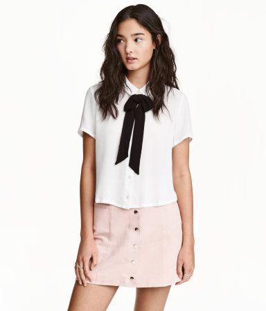 810f5e437ae1c6 Bluse mit Schleife   Weiß   Damen   H&M DE   fashion   Bluse mit ...