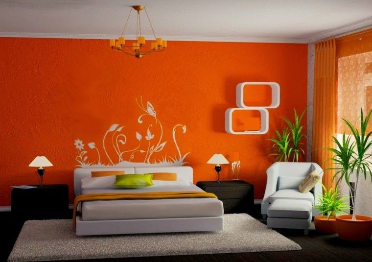 dormitorio con decoración naranja muy fuerte decoración