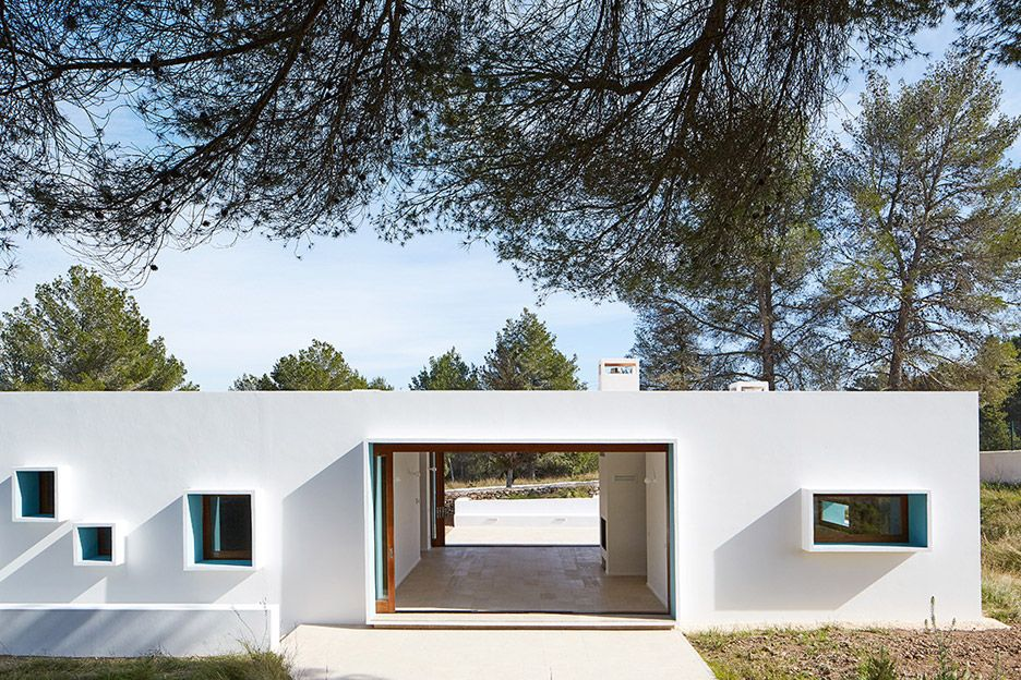 Ca na maria by laura torres roa and alfonso caballero residential architecture ibiza spain - The house with protruding windows ...