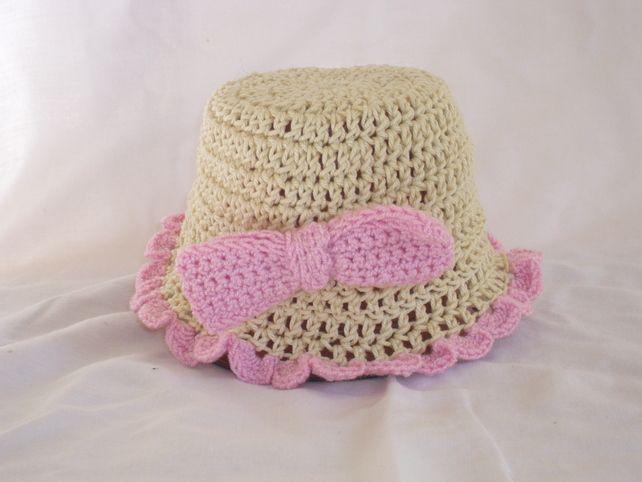Summer hat £5.00