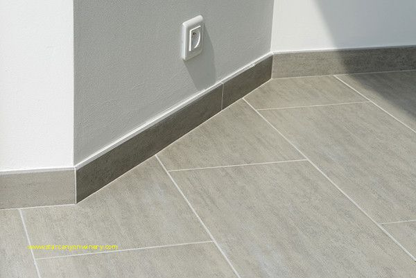 Recouvrir Plinthe Carrelage Carrelage In 2019 Flooring