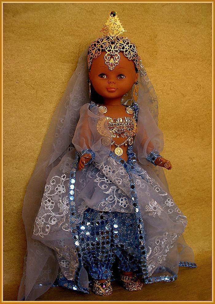 Muñecas AMAVIB ... Mencía y Pelayo