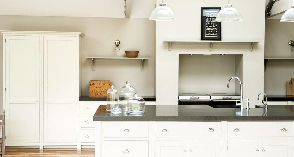 シェーカーキッチン Shaker Kitchen | inspiration kitchen | Pinterest
