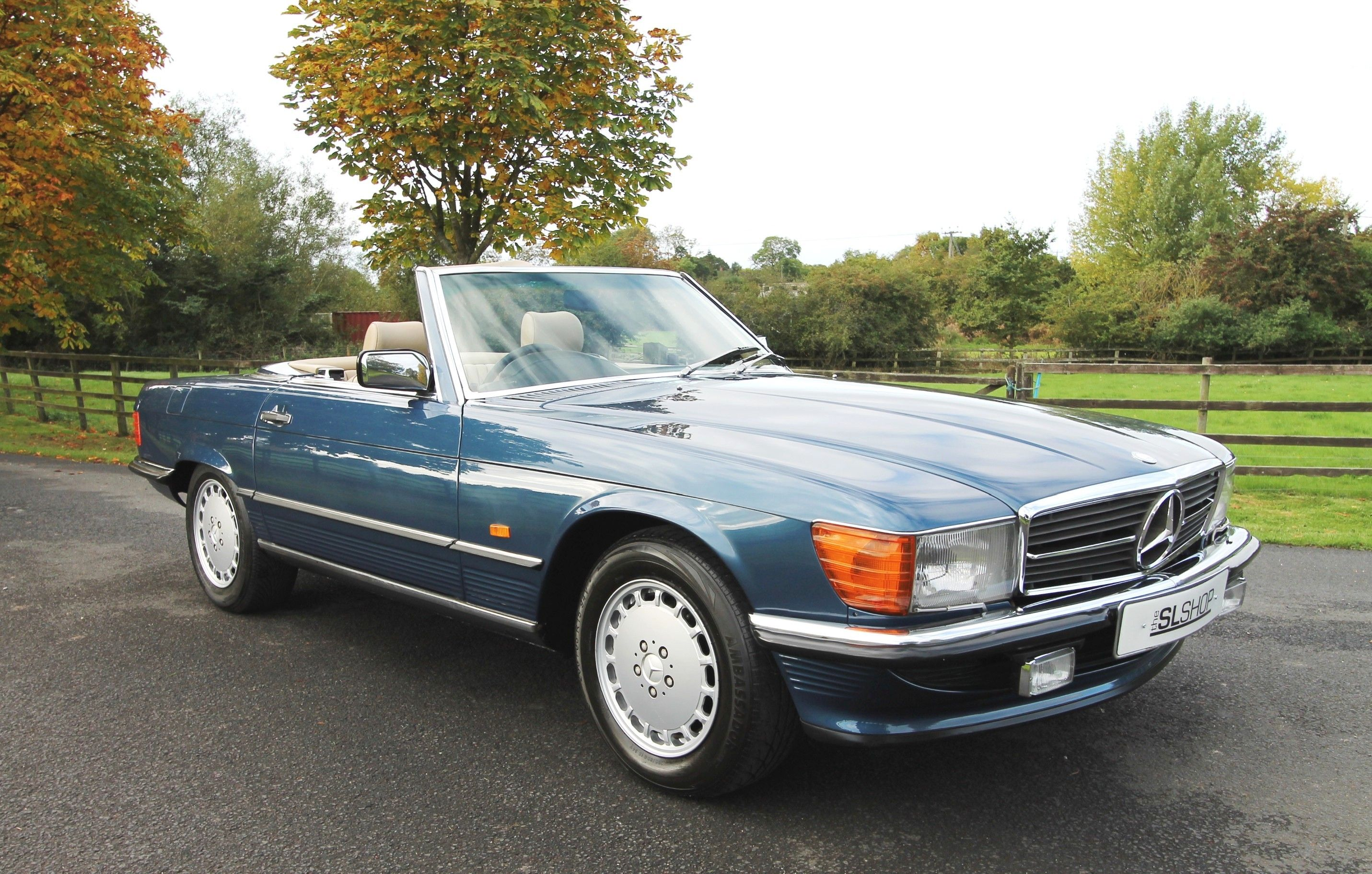 mercedes sl 280 1980 39 s blue google search i 39 d take it for a spin pinterest mercedes benz. Black Bedroom Furniture Sets. Home Design Ideas