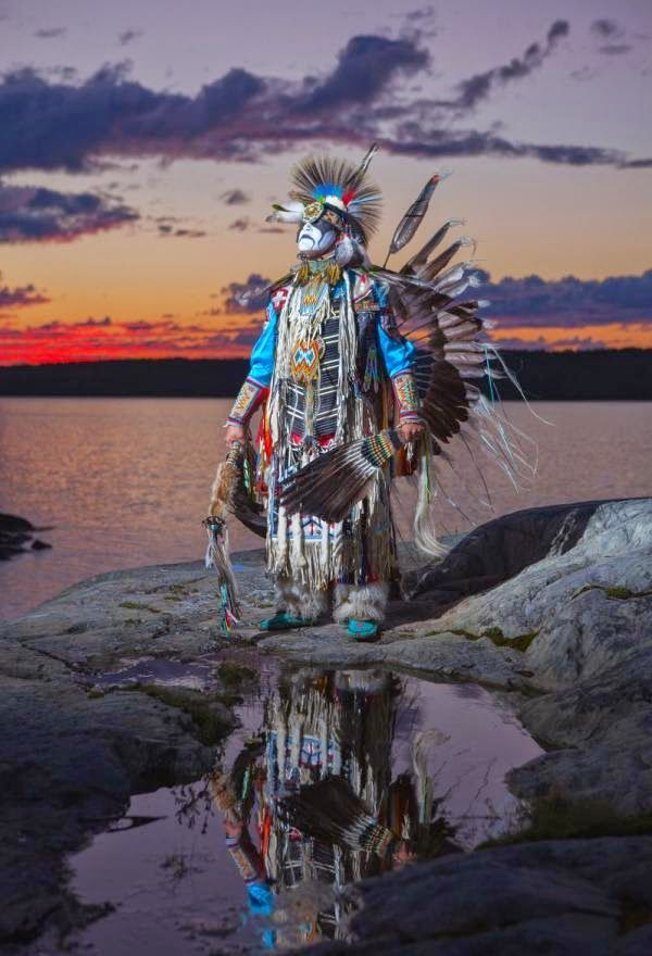 White Wolf : 10 outstanding photos of Dave Brosha outline the pride of Native Americans