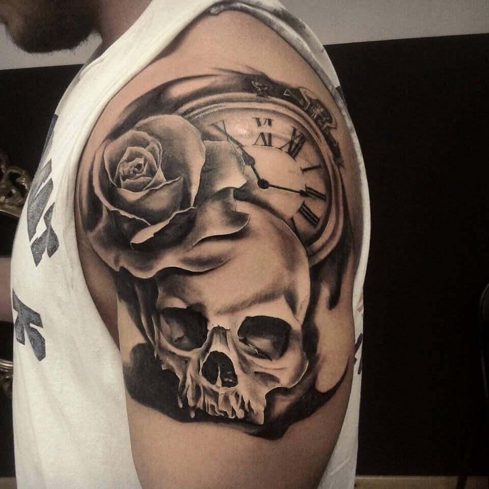 Bildresultat For Tatuajes Para Hombres En El Hombro Y Su Significado Tatuajes Tatuaje De Graffiti Brazos Tatuados