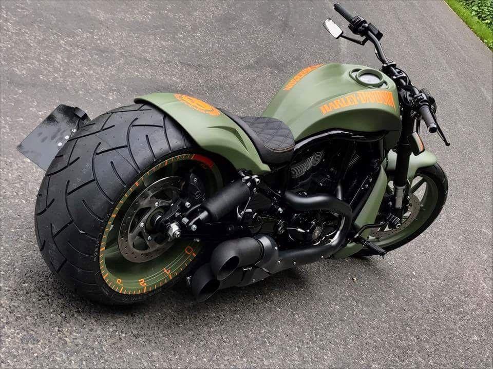 Harley Davidson V Rod Muscle In Matte Black Beautiful Bike Motorcycle Harley Davidson V Rod Harley V Rod