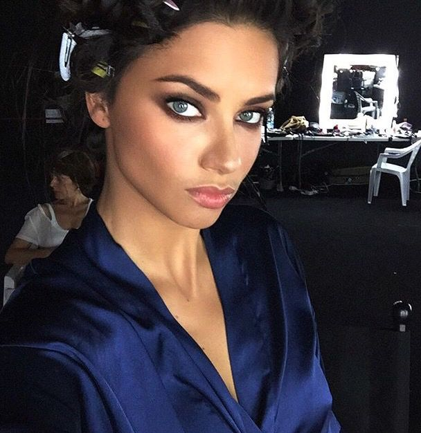 1001 fashion trends: Victorias Secret Very Sexy Makeup