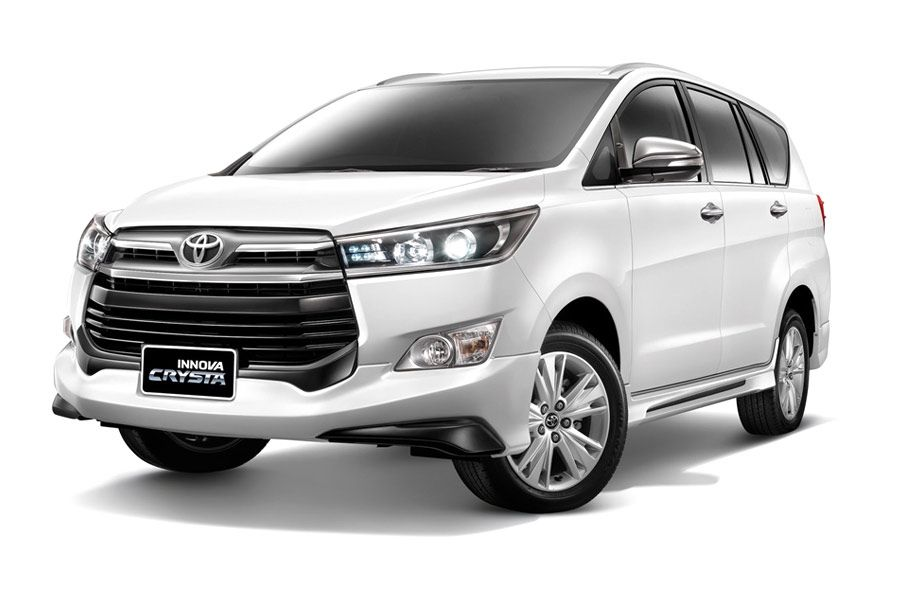 Toyota Innova Crysta Rental Trivandrum Thiruvananthapuram Innova Crysta Rental Elite Car Rental Call 075618 45 Toyota Innova Luxury Car Rental Car Rental