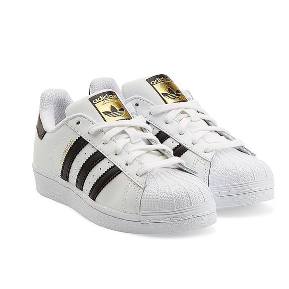 New Adidas Superstar shoes 7.5