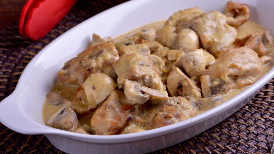 Conejo en salsa de mostaza Cocina Francesa T2 Ep 32  Receta