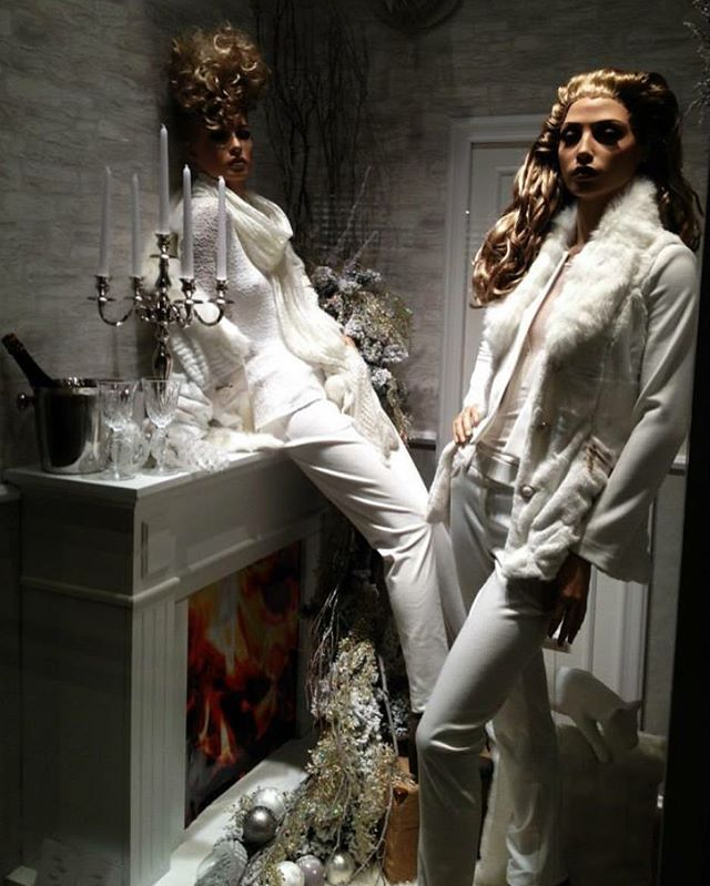 Knowing What Is Fashion Merchandising All About Fashion Merchandising Mannequin Display What Is Fashion