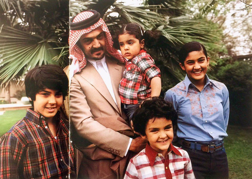 الأمير سعود الفيصل رحمه الله وأبناؤه من اليسار محمد لانا خالد