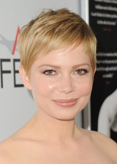 Michelle Williams Wears Oscar to Her Latest Marily