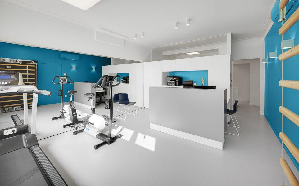 Transformation d un appartement en cabinet de kin sith rapie local professionnel nettoyage - Cabinet de kine avec piscine ...