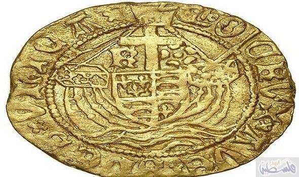 اكتشاف عملة ذهبية قديمة عمرها 500 عام في حقل وركشير Rare Gold Coins Old Coins Gold Coins