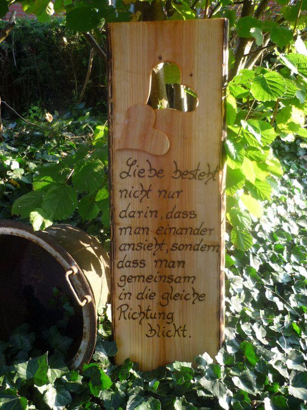 Ein Besinnliches Zitat Passend Zur Verlobung Hochzeit Holzerne Hochzeit Ein Grosses Rustikales H Spruche Hochzeit Holzerne Hochzeit Flaschenoffner Wand