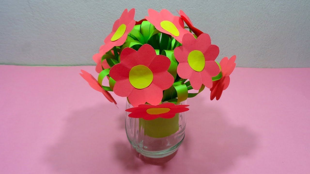How To Make A Bunch Of Paper Flowers Very Simply With Flower Vase