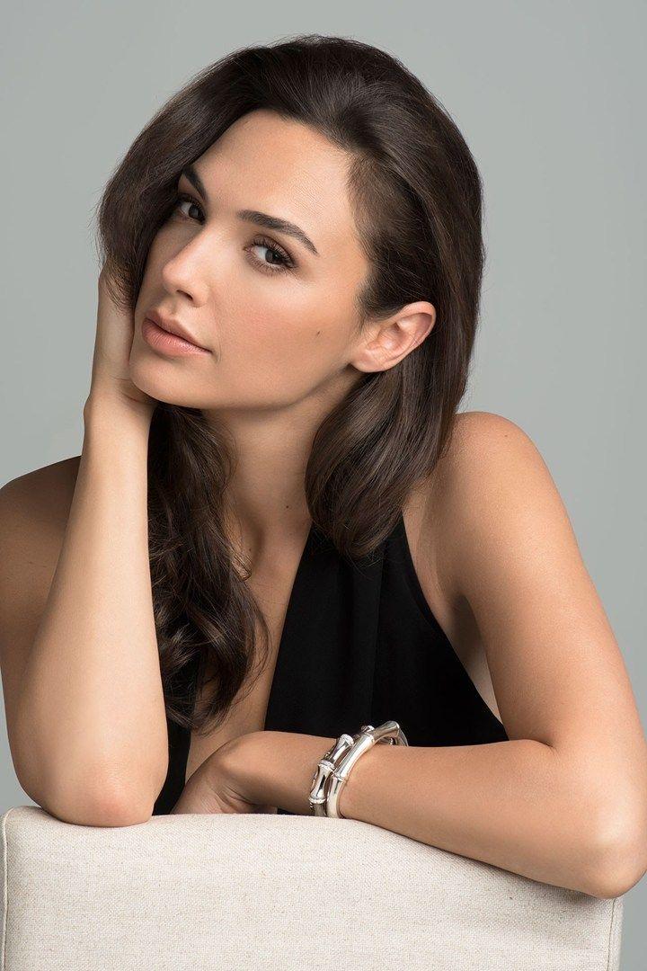 hot actress gal gadot - photo #25